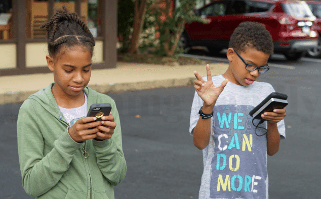 I am Struggling If We Should Get My Kids a Phone. Are You?